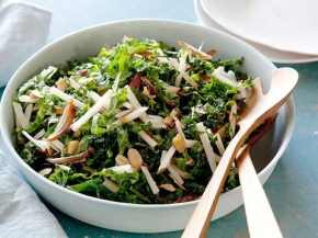 Quick n' Easy NUTRITIOUS Salad – KALE AND APPLESALAD